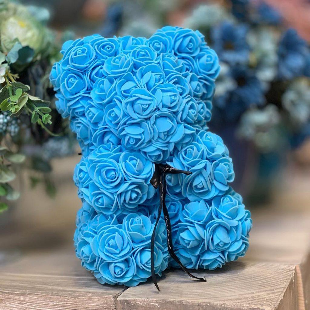 macko z ruží